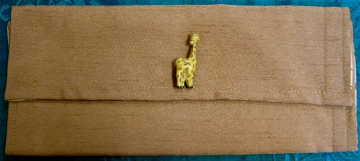Pencil case (or cosmetic purse) with giraffe motif